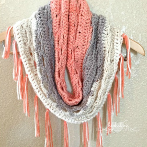 just peachy-cowl - hooked on homemade happiness