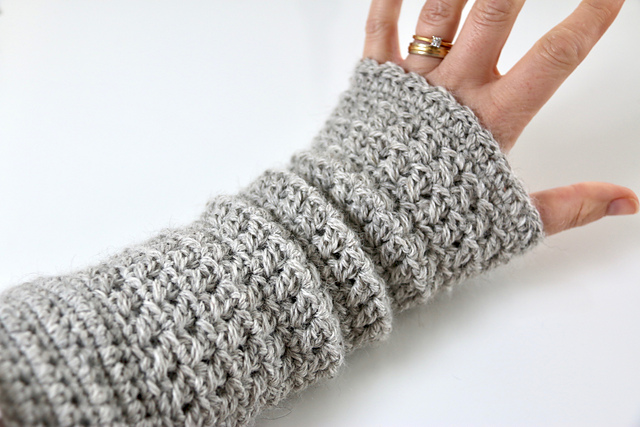 neautral soul soothing mitts crochet